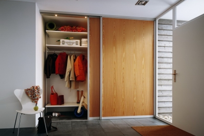 garderoben schreiner straub wellness wohnen. Black Bedroom Furniture Sets. Home Design Ideas
