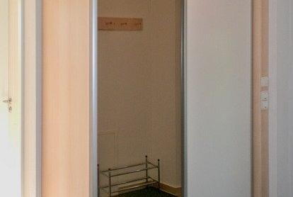 Schiebetürenschrank mit Spiegelfront - geschlossen