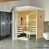 Sauna im Badezimmer mit Eckeinstieg