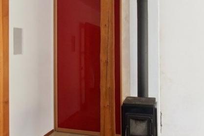 Schiebetür, rotes Glas