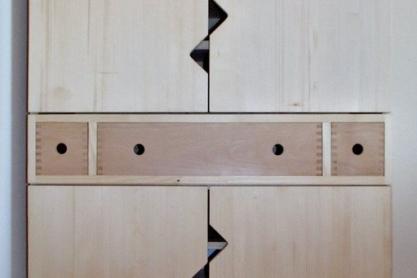 Massivholz-Garderobe