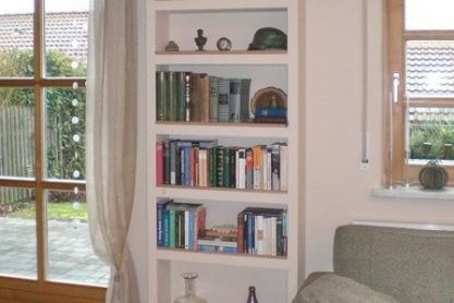 Wohnen - Einbau-Bücherregal