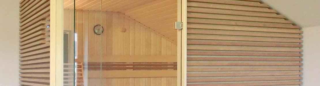 dachschraege-sauna-aussenverkleidung-waagerecht